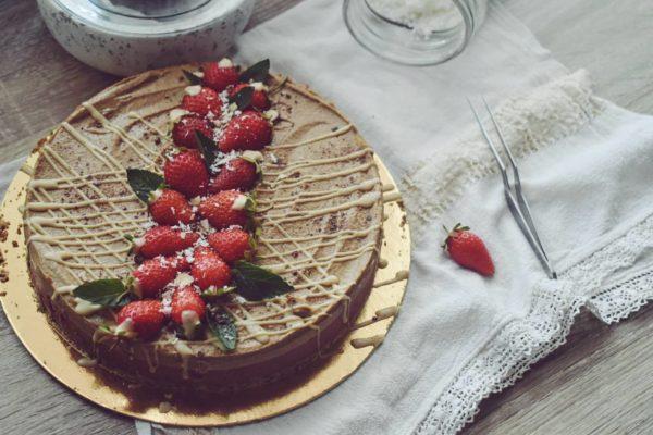 strawberrycakeveganraw